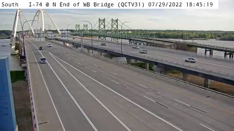 QC - I-74 @ N End of WB Bridge (31)